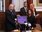 محافظ القاهرة: وضع السير الذاتية للشهداء على المدارس