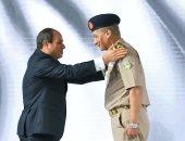 فيديو وصور.. الرئيس السيسي يقرر ترقية وزير الدفاع محمد زكى إلى رتبة فريق أول