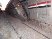 """""""السكة الحديد"""": النيابة قررت رفع آثار الحادث بمسار القطارات من أسوان للقاهرة فقط"""
