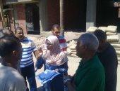صور.. وفد من التنمية المحلية يتابع المشروعات الجديدة بقرية أصفون بإسنا