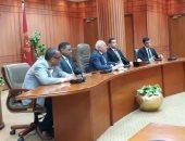 محافظ بورسعيد يوكد على أهمية التصدى للشائعات ودور الشباب في بناء الإنسان