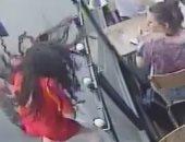 فيديو.. قضاء فرنسا يقضى بالسجن عام لمتحرش صفع ضحيته بعد توبيخه