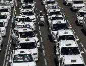 صور.. سائقو التاكسى يواصلون إضرابهم بالعاصمة الأسبانية مدريد