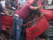 إصابة شخص إثر حادث تصادم سيارتين أعلى طريق الواحات الصحراوى