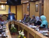 محافظ أسوان يناقش خطة المشاركة بالمسابقة الدولية للمدينة التعليمية لعام 2019