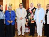 رئيس جامعة طنطا يهنئ أساتذة الطب بمناصبهم الجديدة