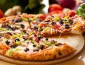 طريقة سهلة وبسيطة لعمل عجينة البيتزا