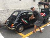 شاهد سيارة توم هانكس الجديدة