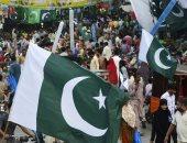 صور.. مواطنو باكستان يحتفلون بذكرى استقلال بلادهم مبكرا