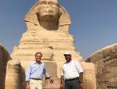 وزير خارجية إيطاليا يزور مركب خوفو والمتحف الكبير والأهرامات.. صور