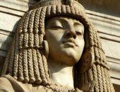 """لأن الجمال يكمن فى التفاصيل.. """"مصطفى"""" مهندس يوثق تراث القاهرة بالكاميرا"""