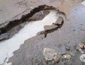 انفجار ماسورة مياه بالزقازيق تلتهم الإسفلت وتغرق السيارات