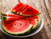 فوائد البطيخ للجسم منها فقدان الوزن