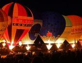 بالونات الهواء الساخن تزين سماء بريطانيا ضمن مهرجان المناطيد