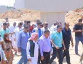 وزير النقل يوجه برفع كفاءة طريق سيوة مطروح بطول 80 كم