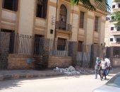صور.. اضبط مخالفة.. مدرسة السادات الإعدادية بالشرقية تحاصرها القمامة