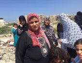 صور .. معاناة 3 عائلات تطالب بمأوى بديل بعد إزالة العشش ببورسعيد