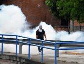 صور.. شرطة هندوراس تقمع مظاهرة لطلاب يطالبون بخفض رسوم النقل