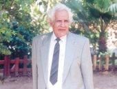 سعيد الشحات يكتب: ذات يوم 17 أغسطس 2006.. وفاة أحمد مستجير.. عالم الهندسة الوراثية والشاعر الذى سخّر علمه للفقراء