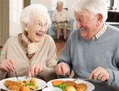 لكبار السن فى العيد.. إزاى تاكل اللحمة بدون ضرر على صحتك؟