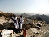 صور.. حجاج بيت الله الحرام يتوافدون على جبل النور شمال شرق المسجد الحرام