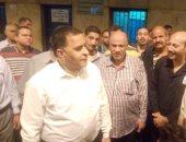 فيديو.. رئيس السكة الحديد يتابع حركة القطارات وشبابيك الحجز وأرصفة محطة القاهرة