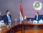 """وزير التجارة يبحث مع جمعية """"قطن مصر"""" الترويج لشعار القطن المصرى وحمايته"""