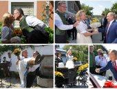 حفل زفاف وزيرة خارجية النمسا.. وبوتين يوقع حضوره على سيارة العروسين