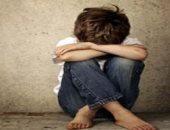 منع طفل من السفر بعد محاولة تهريبه للخارج على يد والدته وخطيبها