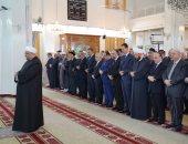 صور.. بشار الأسد يؤدى صلاة عيد الأضحى فى مسجد الروضة بدمشق
