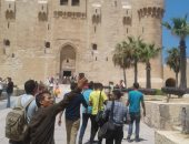 صور.. إقبال كبير من المصريين على قلعة قيتباى ثانى أيام العيد