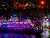 رويترز تنشر صورا لاحتفالات المصريين بعيد الأضحى المبارك فى قوارب نهر النيل