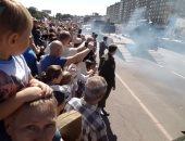 شاهد.. انقلاب دبابة أثناء مشاركتها فى عرض عسكرى بروسيا
