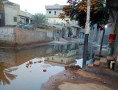 قارئ يشكو من مياه الصرف الصحى تغرق شوارع قرية الابشيط بالغربية