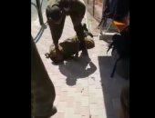 شاهد..جندى إسرائيلى يخشى الموت على يد الفلسطينيين وقائده يمرغ أنفه بالتراب