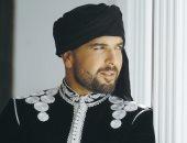 الدوزى يمثل المغرب فى مهرجان السوق الهولندى بأمستردام
