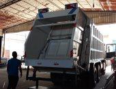 سيارة مكبس و50 صندوق قمامة لدعم منظومة النظافة فى الخصوص بالقليوبية