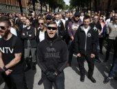 صور.. النازيون الجدد يتظاهرون فى ستوكهولم واحتجاجات مضادة