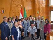 محافظ الإسماعيلية يستقبل ممثلى القوى السياسية والشعبية بالمحافظة