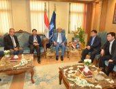صور.. الفريق مميش يلتقى وفدًا وزاريًا من فيتنام لبحث التعاون مع المنطقة الاقتصادية