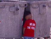 شاهد..أسوأ مخيم للاجئين بالعالم.. دورة مياه لكل 70 شخصا وأطفاله يحاولون الانتحار