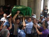 وصول جثمان الراحل حسين عبد الرازق مسجد عمر مكرم