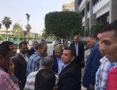 فيديو وصور ..يس طاهر يستقبل محافظ الإسماعيلية الجديد فور وصوله للمحافظة