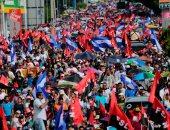 """مؤيدو رئيس نيكاراجوا يتظاهرون بـ""""قذائف الهاون"""" لرفض العنف"""