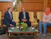 رئيس جامعة أسيوط يستقبل رئيس شركة بايوماس لمناقشة تدوير المخلفات الزراعية