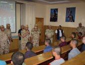 وزير الدفاع يتفقد اختبارات الكليات العسكرية والمعهد الفنى بالكلية الحربية