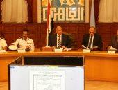 محافظ القاهرة يؤكد أهمية وضع خطط مسبقة لمواجهة الأزمات