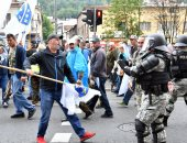 صور.. شرطة البوسنة تشتبك مع مئات من المحاربين القدماء بالعاصمة سراييفو