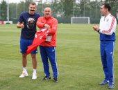شاهد كيف احتفل لاعبو المنتخب الروسى بعيد ميلاد تشيرشيسوف