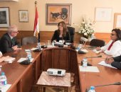 غادة والى تستقبل ممثل المنظمة الدولية للهجرة بمصر لبحث التعاون